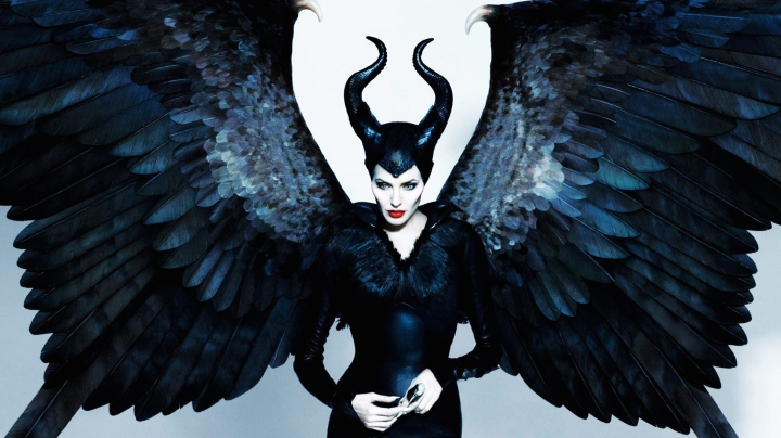 maleficent-movie-wallpaper-hd-angelina-jolie-maleficent-wallpaper1.jpg